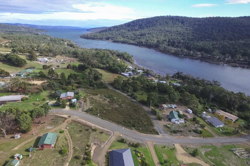 Real Estate in Eaglehawk Neck