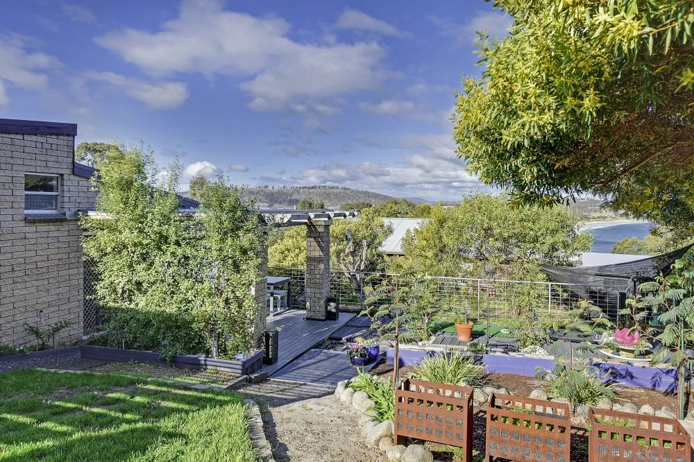 Primrose Sands real estate Sold