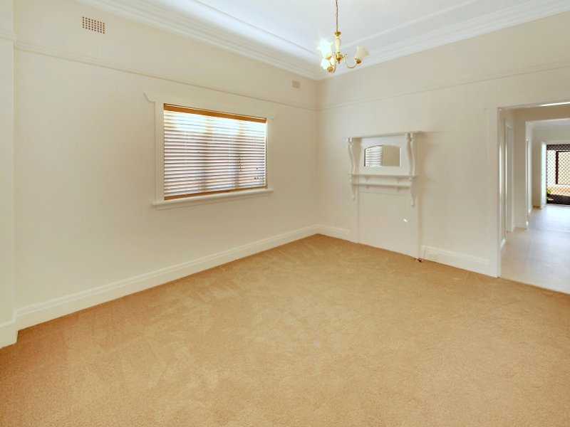 Kingsford real estate Sold