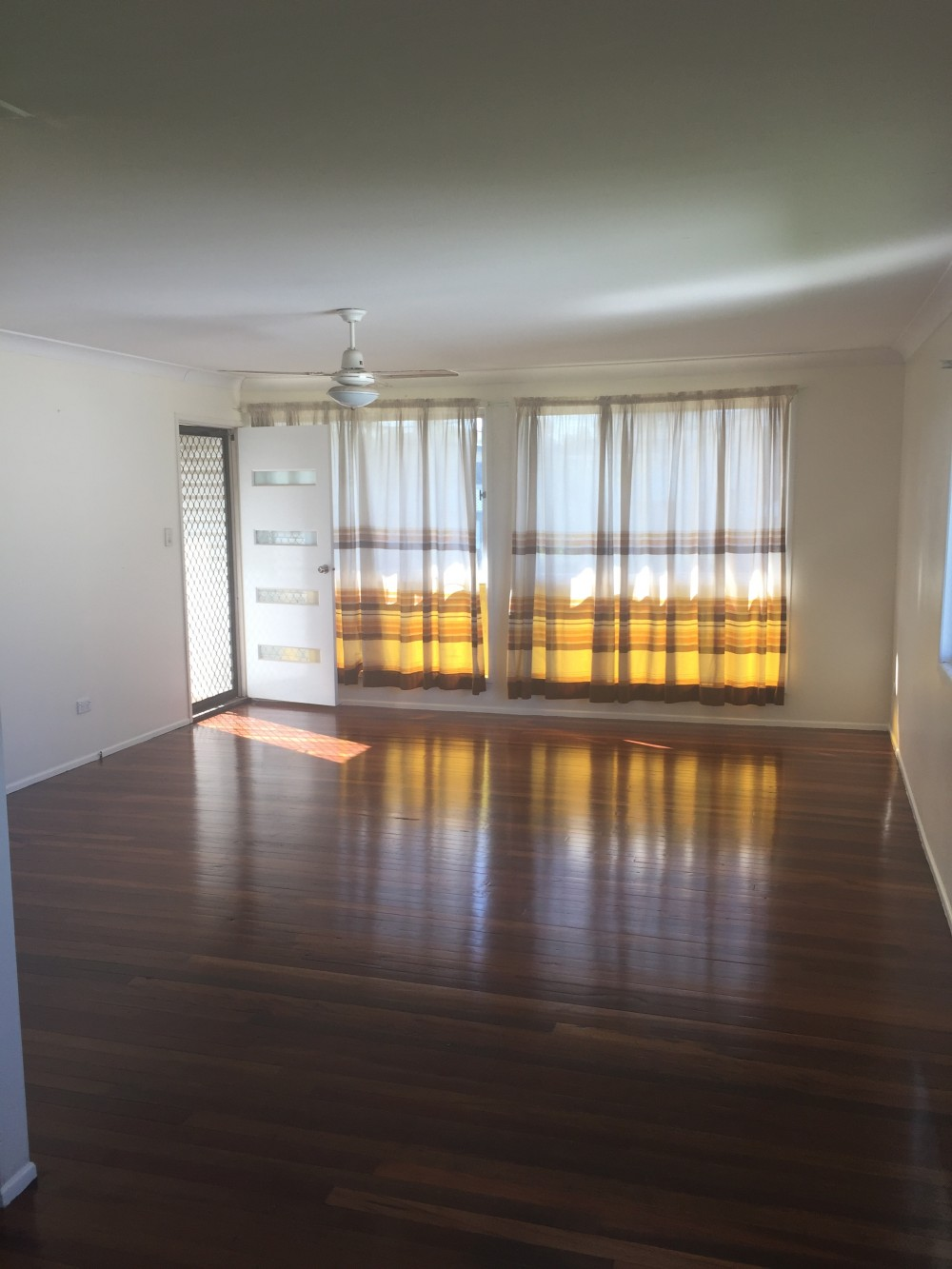 Strathpine real estate For Rent