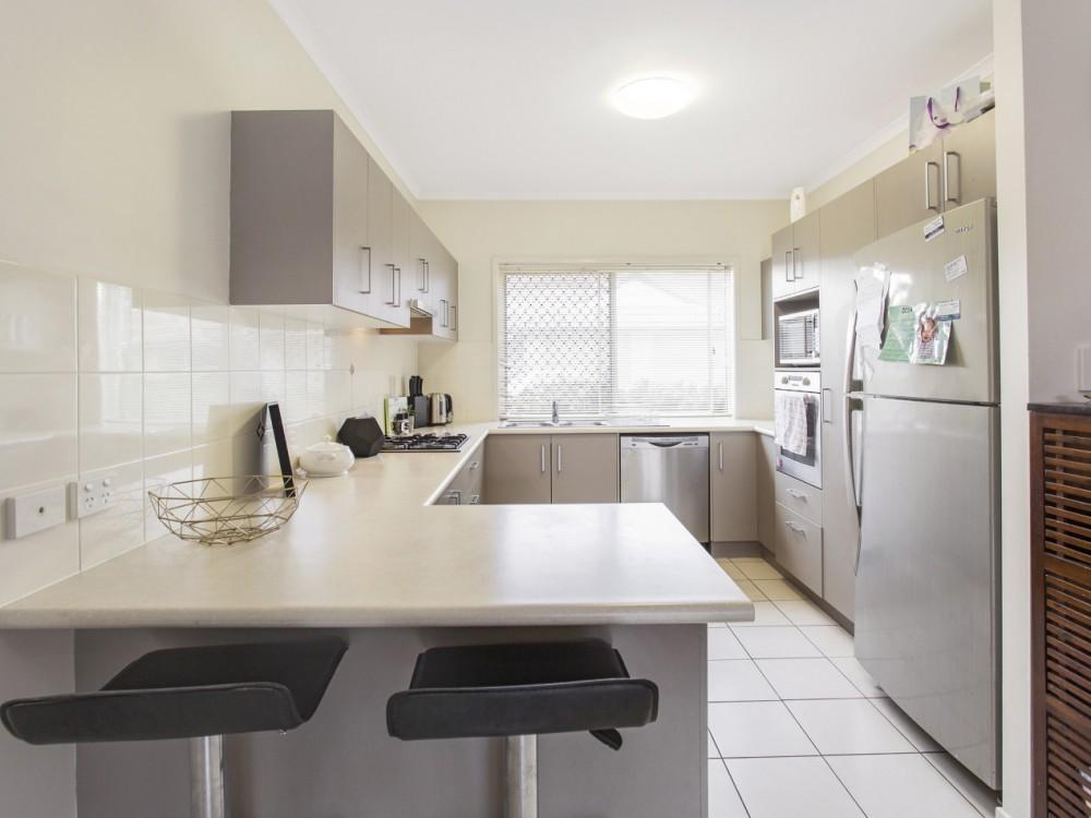 Kallangur real estate For Sale