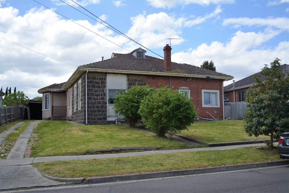 Property For Rent in Reservoir