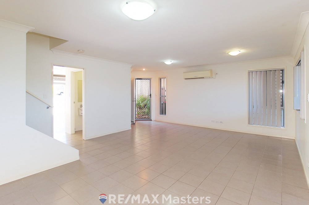 Calamvale real estate For Sale