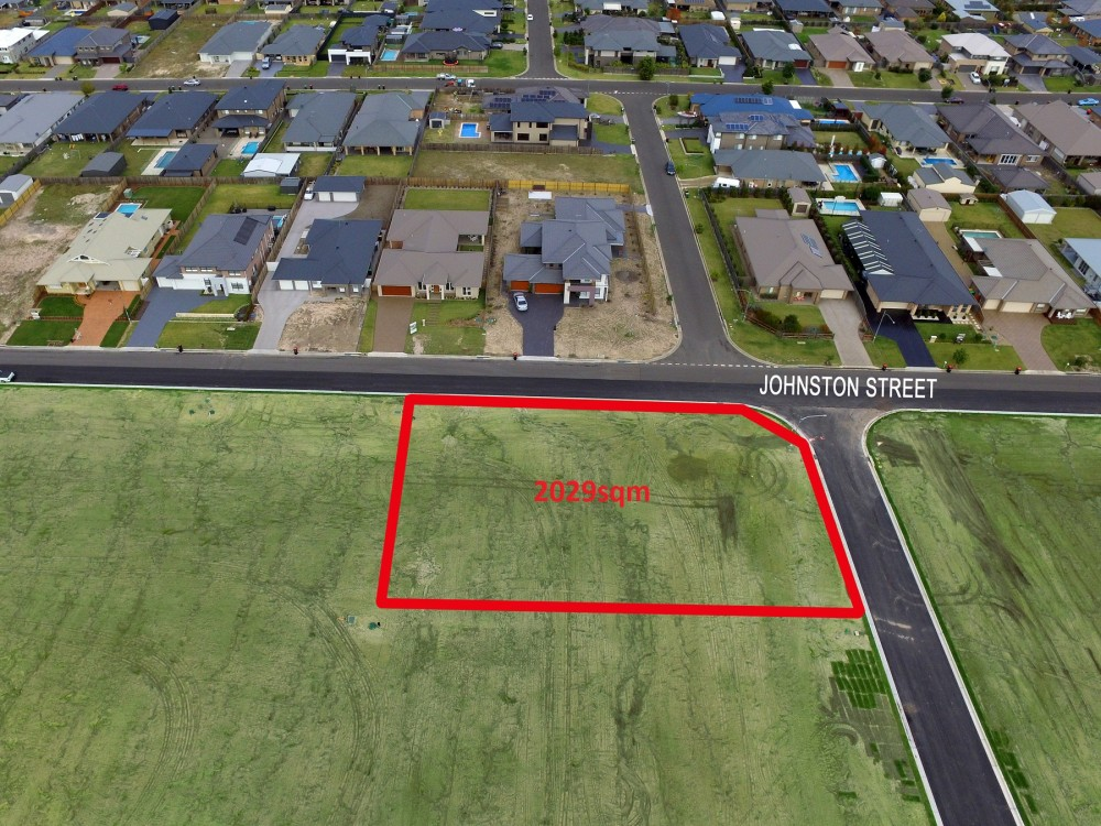 Property For Sale in Pitt Town