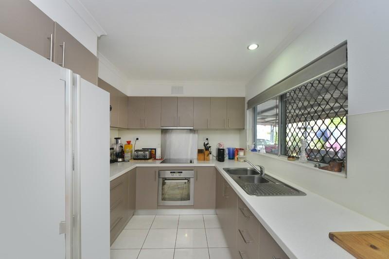 Woree Properties Sold