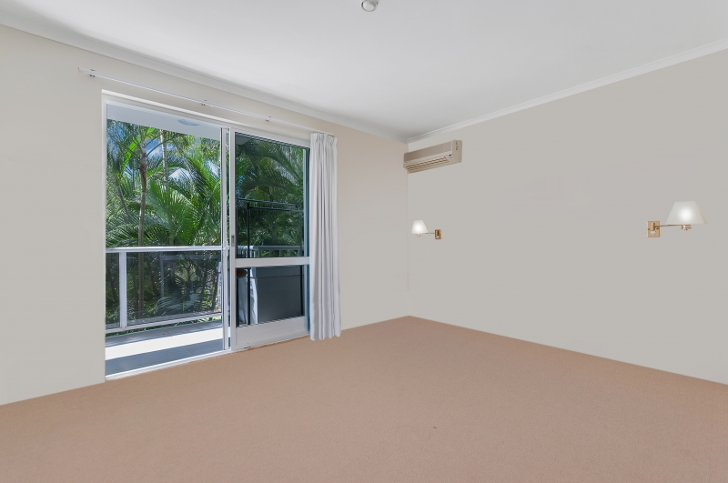 Palm Cove real estate For Sale