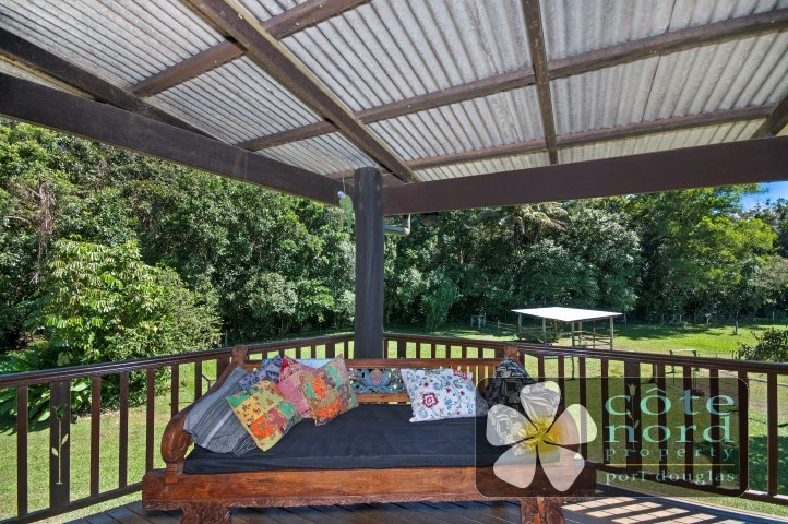 Wide verandahs for breezes and views, Port Douglas