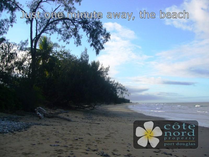 Beautiful Oak Beach - just a stroll away