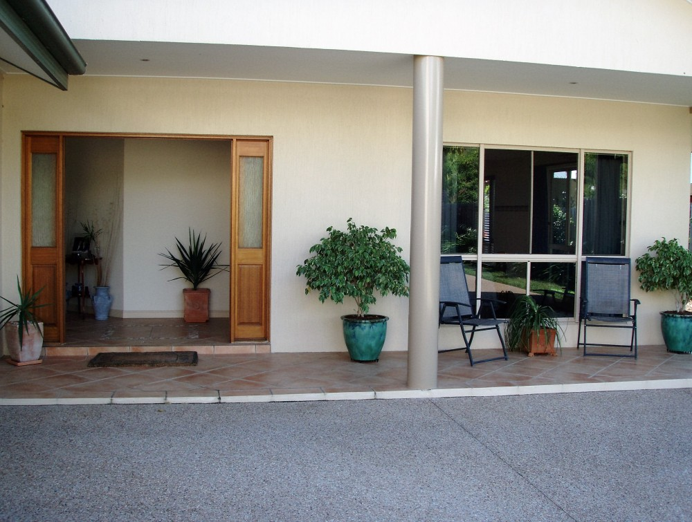 Port Douglas family home