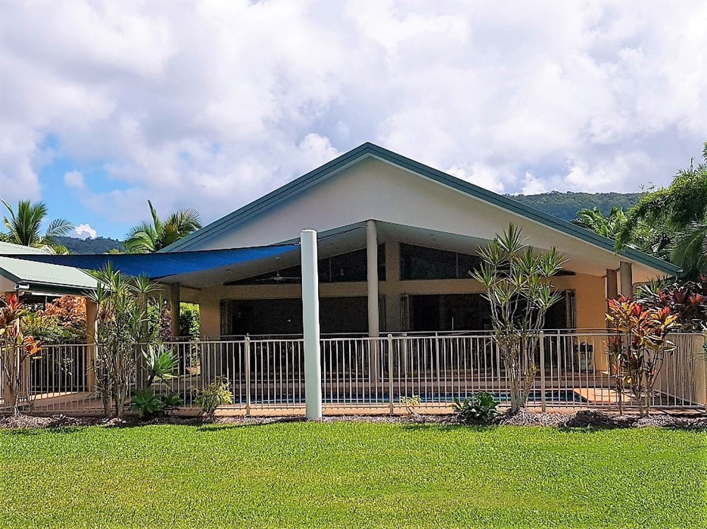Substantial Port Douglas house for sale