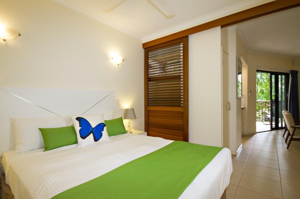 Stylish one bedroom studio apartment, Port Douglas