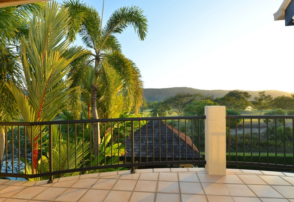 Balcony with Daintree views