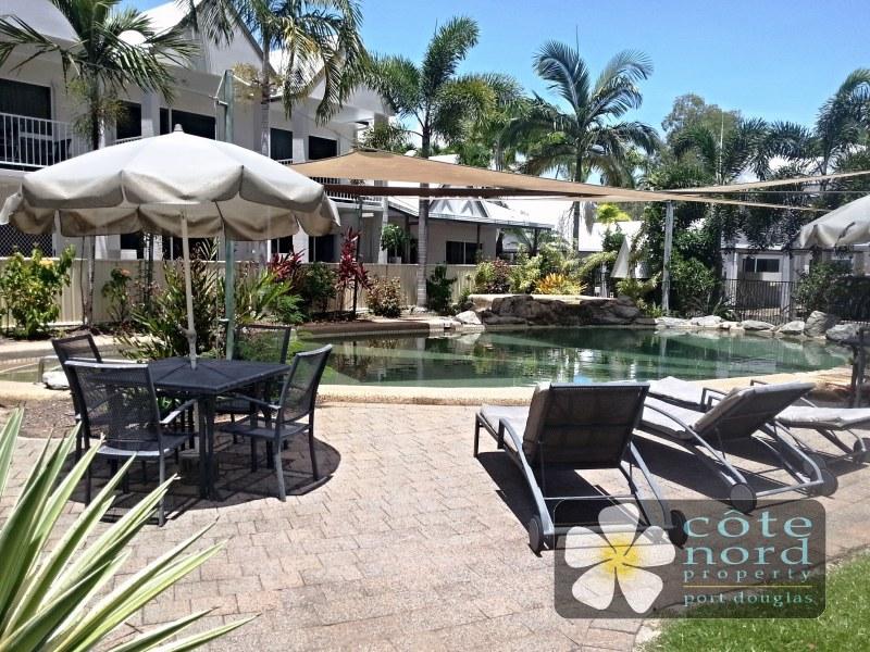 Sparkling resort swimming pool