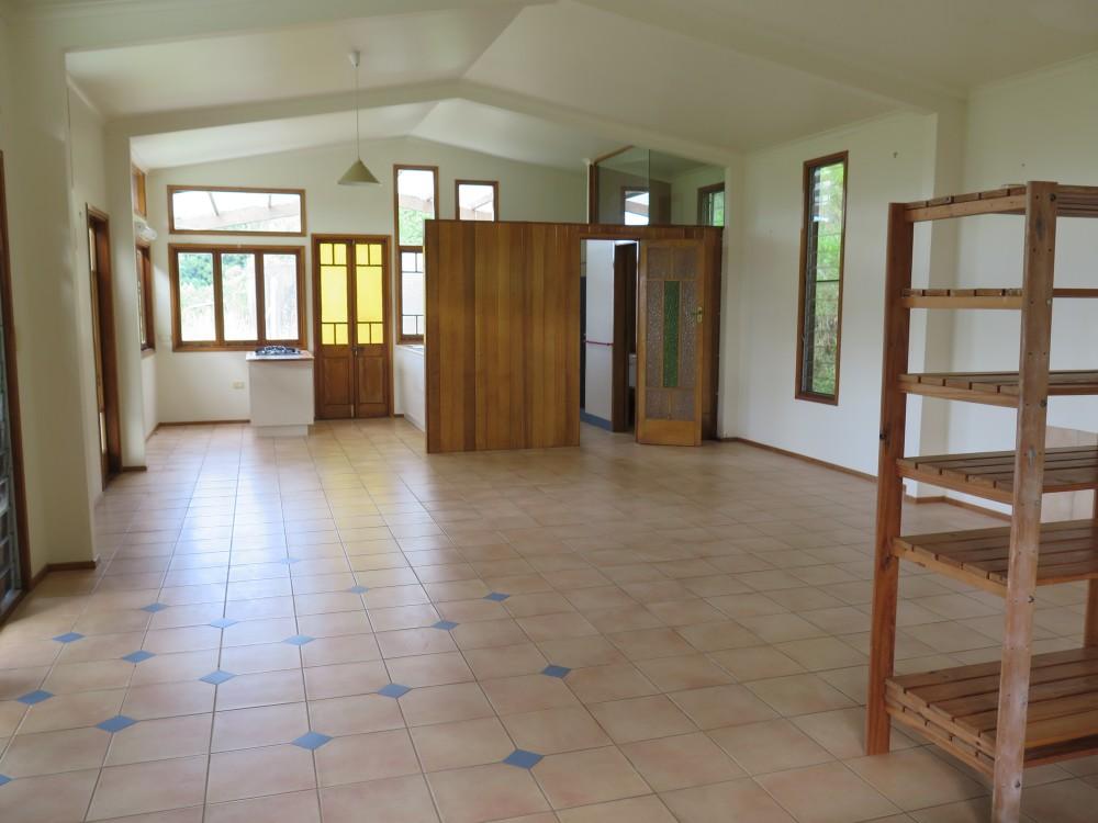 Real Estate in Uki