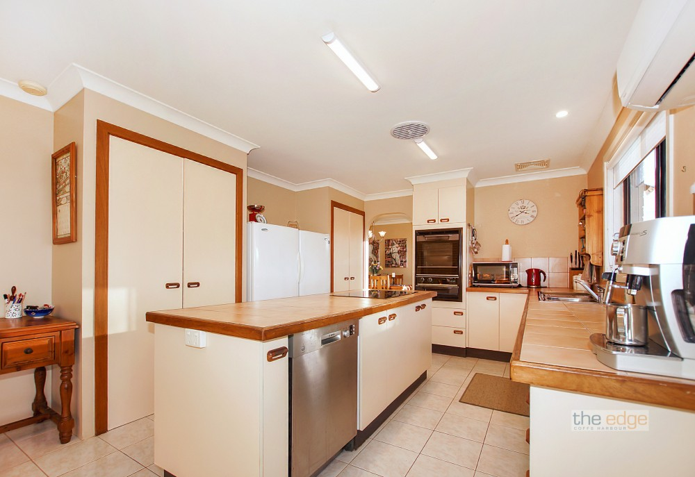 Open for inspection in Toormina