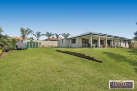 2 Greenvale Court, Little Mountain, QLD 4551