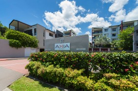 39/11 Kitchener Street, Coorparoo, QLD 4151