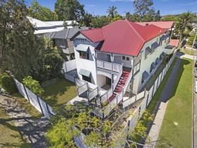 8 Didsbury Street, East Brisbane, QLD 4169