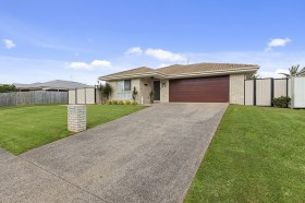 50 Coochin Hills Drive, Beerwah, QLD 4519