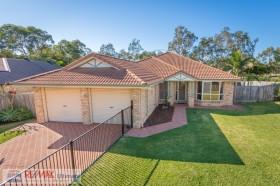 12 Sutherland Crescent, Morayfield, QLD 4506