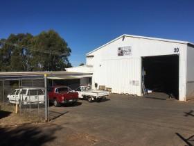 20 Thackeray Street, North Toowoomba, QLD 4350