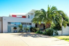 20 Saba Court, Middle Ridge, QLD 4350