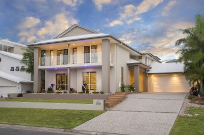 Property in Coomera Waters - Buyers Guide $865,000 - $885,000