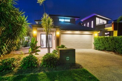Property in Coomera Waters - Offers Over $1,050,000