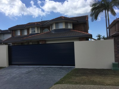 Property in Runaway Bay - $900 Weekly