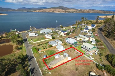 Property in Boomer Bay - $89,000 - $98,000
