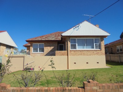 Property in Tamworth - $340.00 Weekly