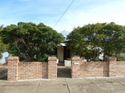 Property in Tamworth - $300.00 Weekly