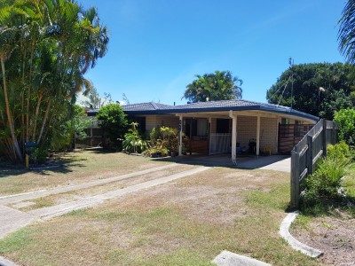 Property in Golden Beach - $440 Weekly