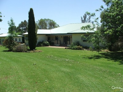 Property in Tambar Springs - Sold