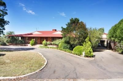 Property in Tamworth - ASKING:  $810,000 neg