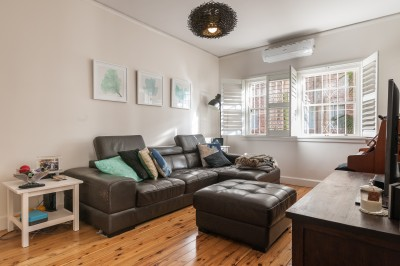 Property in Maroubra - $850 p/w Pet Friendly  ( Small Pets)