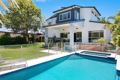Property in Kirra - For Sale by Tender - Closing 29th March, 6pm QLD