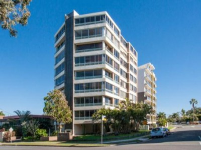 Property in Redcliffe - $380 Weekly