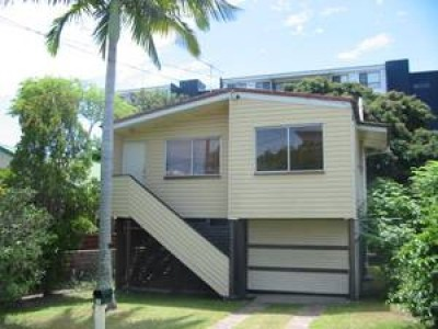 Property in Redcliffe - $285 WEEKLY