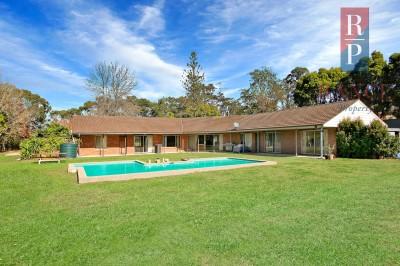Property in Kenthurst - $2,150,000 - $2,300,000