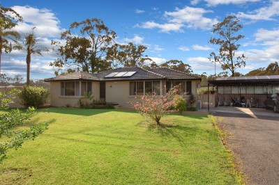Property in Pitt Town - Auction
