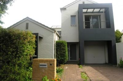 Property in Newington - DEPOSIT TAKEN
