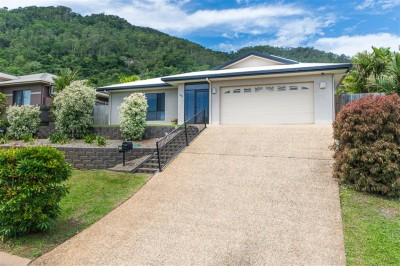 Property in Kanimbla - Sold for $455,000