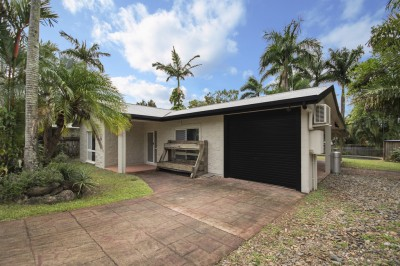 Property in Redlynch - Leased