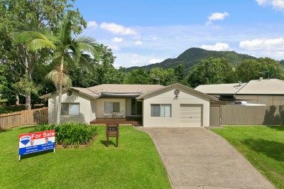Property in Mount Sheridan - Offers Over $450,000