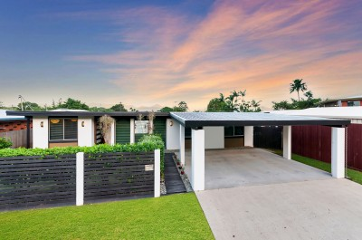 Property in Bayview Heights - Auction 21st February 2018, 5:30pm - RE/MAX Chapel