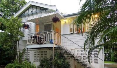 Property in Aeroglen - Sold for $450,000