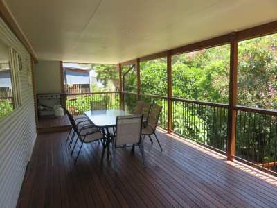 Property in Valla Beach - $550 - $900 Weekly