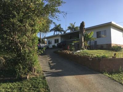 Property in Scotts Head - $220.00 PER WEEK