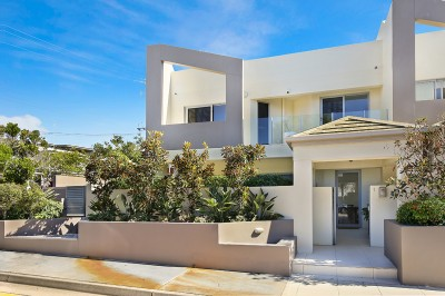 Property in Alexandra Headland - Sold for $981,000